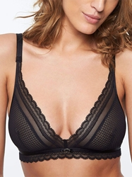 Chantelle Parisian Allure Wireless Bra in Black