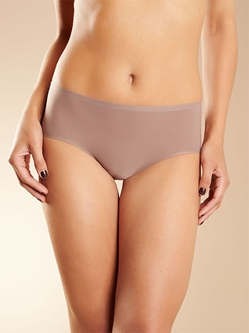 Chantelle Soft Stretch Seamless Hipster Panty in Hazelnut